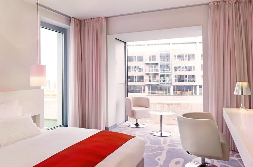 Hotel art 39 otel cologne by park plaza hotels in for Koln zimmer